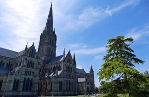 Tour Salisbury Cathedral